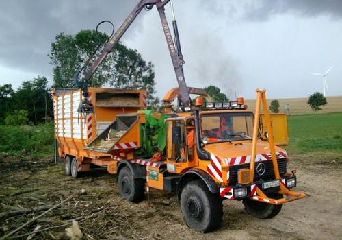 Mercedes Benz Unimog Logging wood chipper